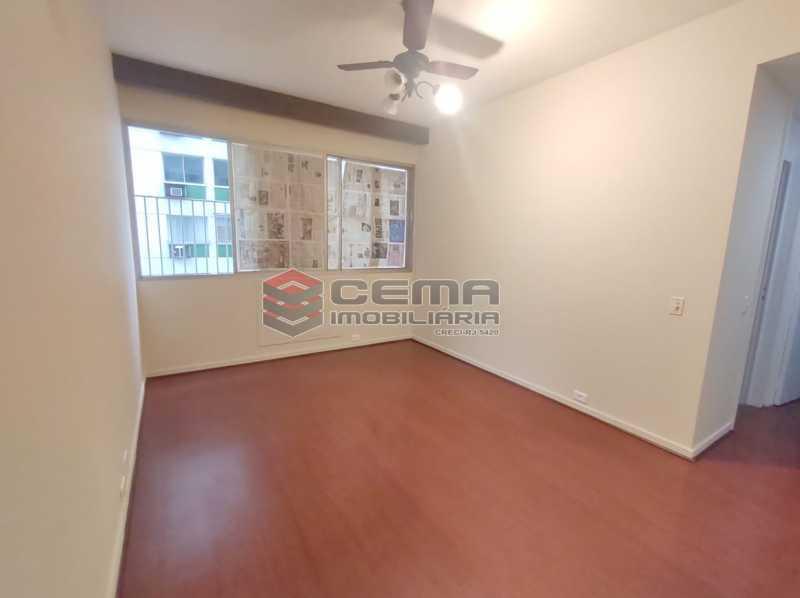 sala - Excepcional Apartamento 2 quartos com suíte e vaga em Laranjeiras - LAAP25232 - 1
