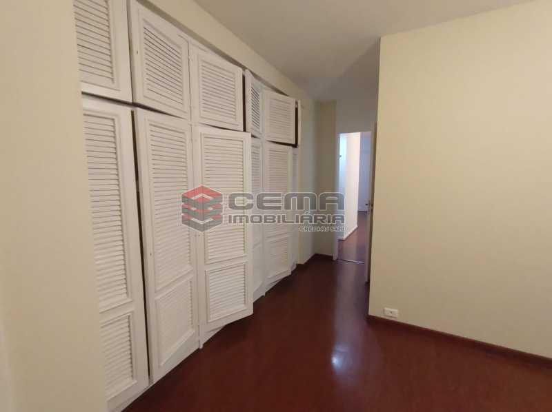 suite - Excepcional Apartamento 2 quartos com suíte e vaga em Laranjeiras - LAAP25232 - 10