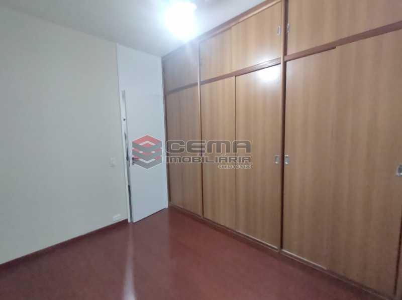 qurarto2 - Excepcional Apartamento 2 quartos com suíte e vaga em Laranjeiras - LAAP25232 - 17