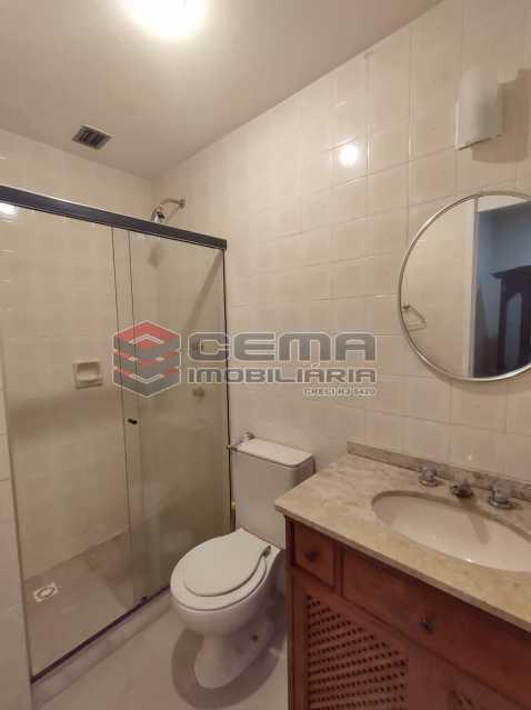 banheiro social - Excepcional Apartamento 2 quartos com suíte e vaga em Laranjeiras - LAAP25232 - 20
