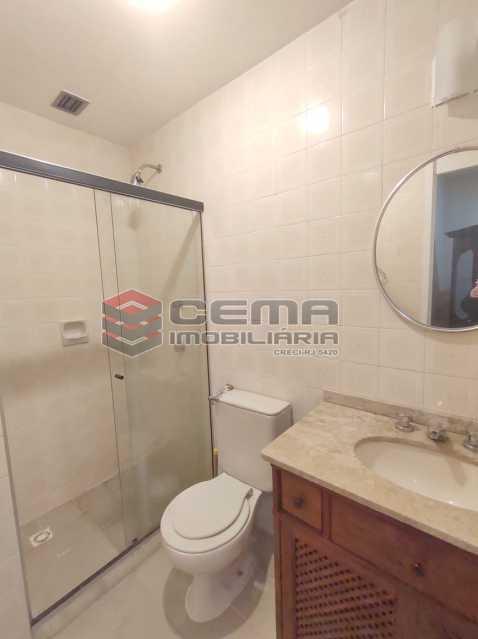 banheiro social - Excepcional Apartamento 2 quartos com suíte e vaga em Laranjeiras - LAAP25232 - 22