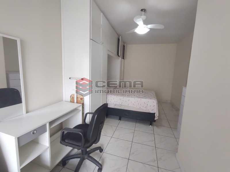 quarto - Flat Residencial com serviços e vaga MOBILIADO - LAFL10079 - 6