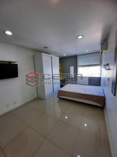 sala/quarto - Excelente conjugado MOBILIADO no Centro - LAKI10415 - 4