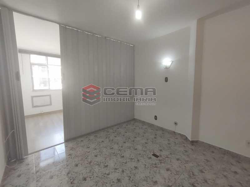 sala/cozinha - Excelente Conjugado com Vaga no FLAMENGO - LAKI10421 - 10