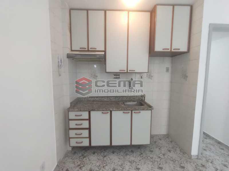 sala/cozinha - Excelente Conjugado com Vaga no FLAMENGO - LAKI10421 - 15
