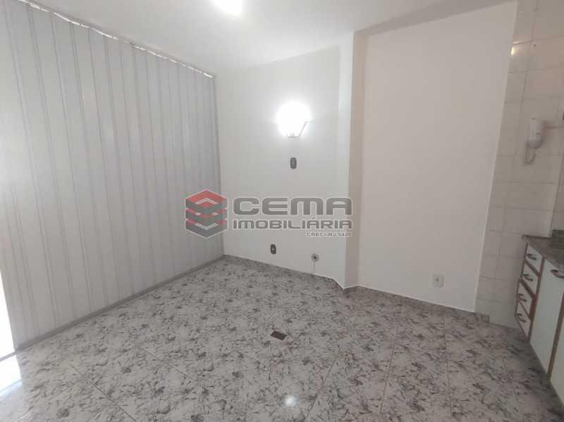 sala/cozinha - Excelente Conjugado com Vaga no FLAMENGO - LAKI10421 - 9