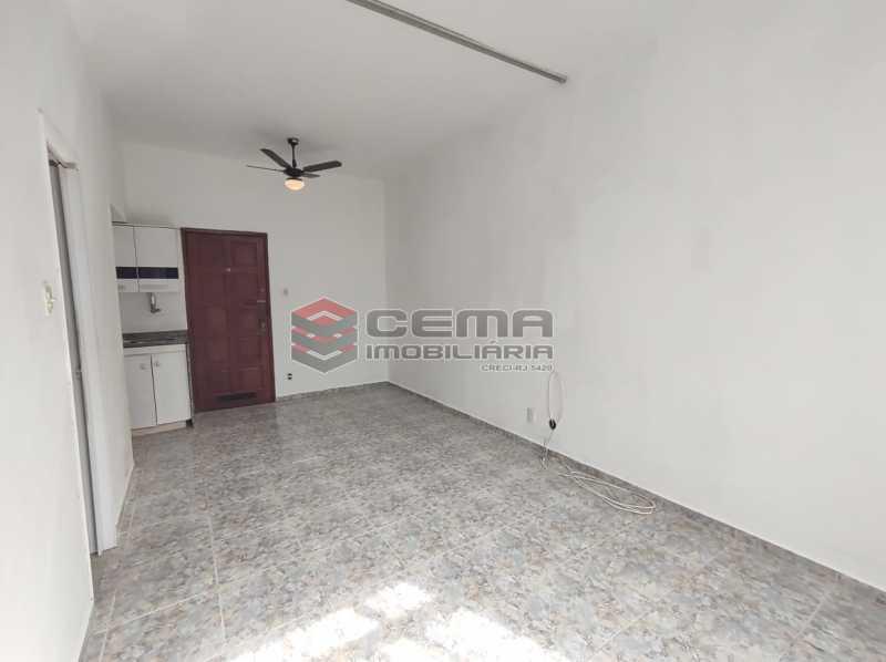 sala/quarto - Excelente conjugado em Laranjeiras - LAKI10420 - 6