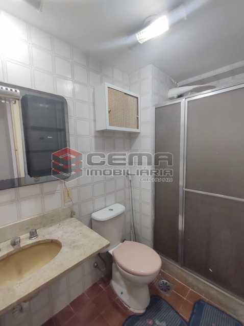 banheiro social - Excelente Flat MOBILIADO no Centro - LAFL10081 - 11