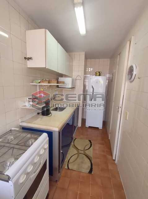 cozinha - Excelente Flat MOBILIADO no Centro - LAFL10081 - 14
