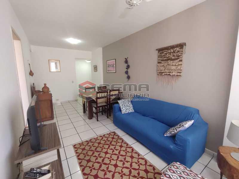 sala - Excelente Flat MOBILIADO no Centro - LAFL10081 - 4