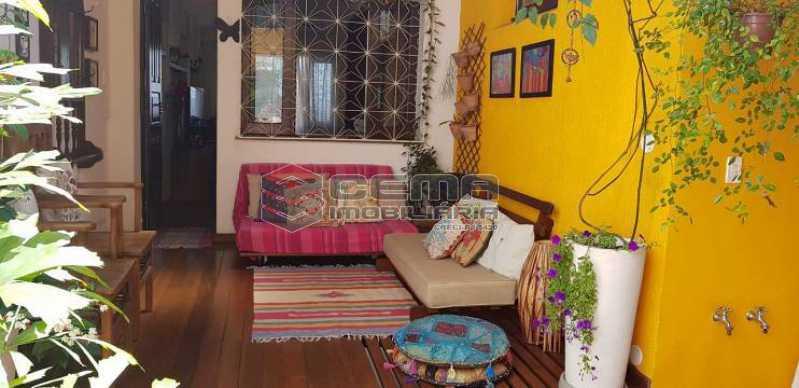 943480281216a4d6b4a58375eb3bf2 - Casa 3 quartos à venda Centro RJ - R$ 900.000 - LACA30078 - 4