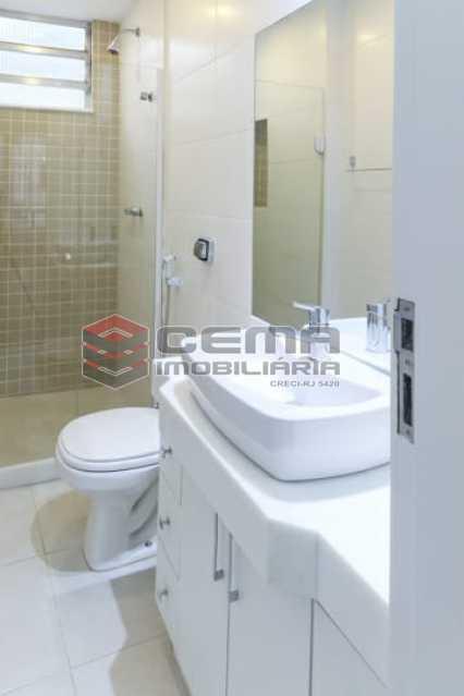 banheiro social - Excelente quarto e sala com vaga em BOTAFOGO - LAAP13019 - 14