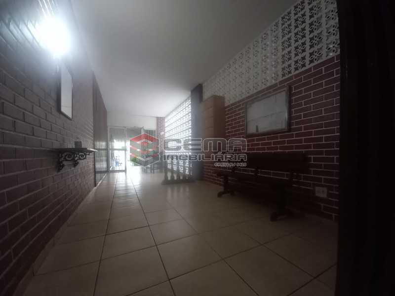 WhatsApp Image 2021-06-17 at 0 - Alugo quarto e sala reformado Botafogo - LAAP13020 - 14