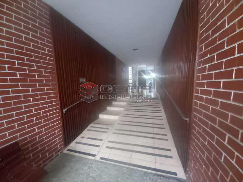 WhatsApp Image 2021-06-17 at 0 - Alugo quarto e sala reformado Botafogo - LAAP13020 - 16