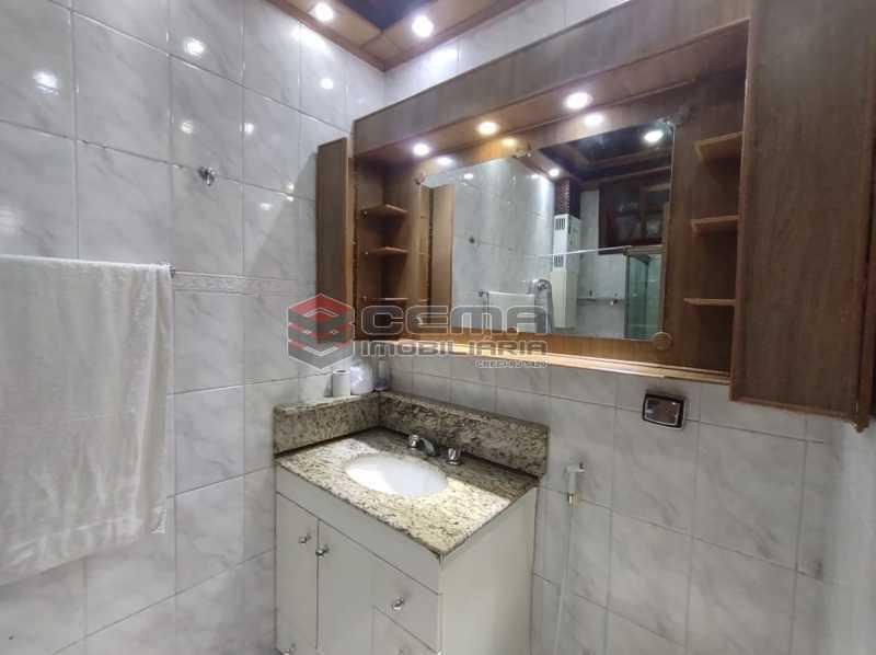 banheiro - Apartamento Quarto e sala MOBILADO no coração do FLAMENGO - LAAP13025 - 15