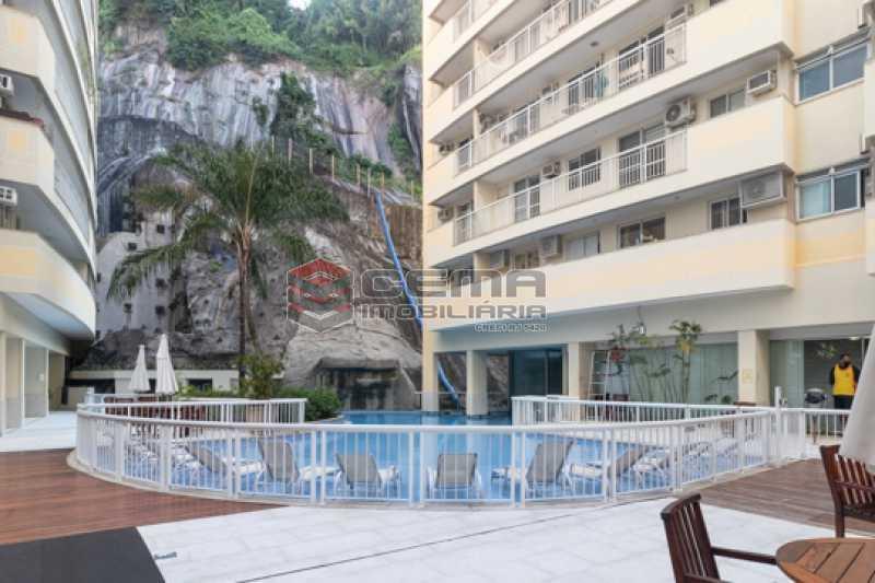 piscina - Quartier Carioca. Apartamento 3 quartos com suíte e vaga no Catete - LAAP34624 - 1