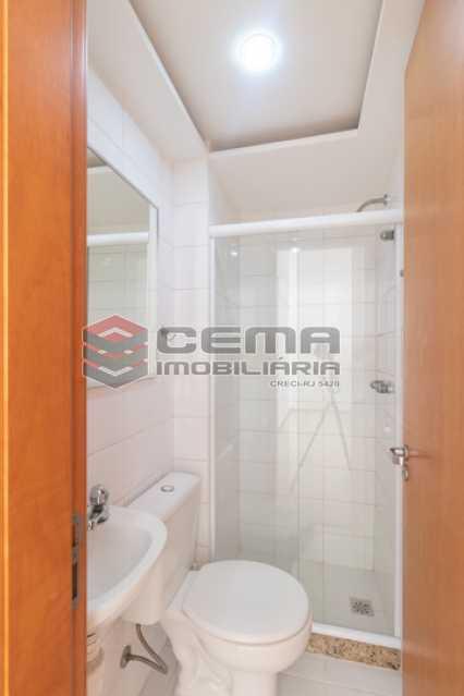 banheiro suite - Quartier Carioca. Apartamento 3 quartos com suíte e vaga no Catete - LAAP34624 - 11