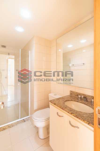 banheiro 2  - Quartier Carioca. Apartamento 3 quartos com suíte e vaga no Catete - LAAP34624 - 20