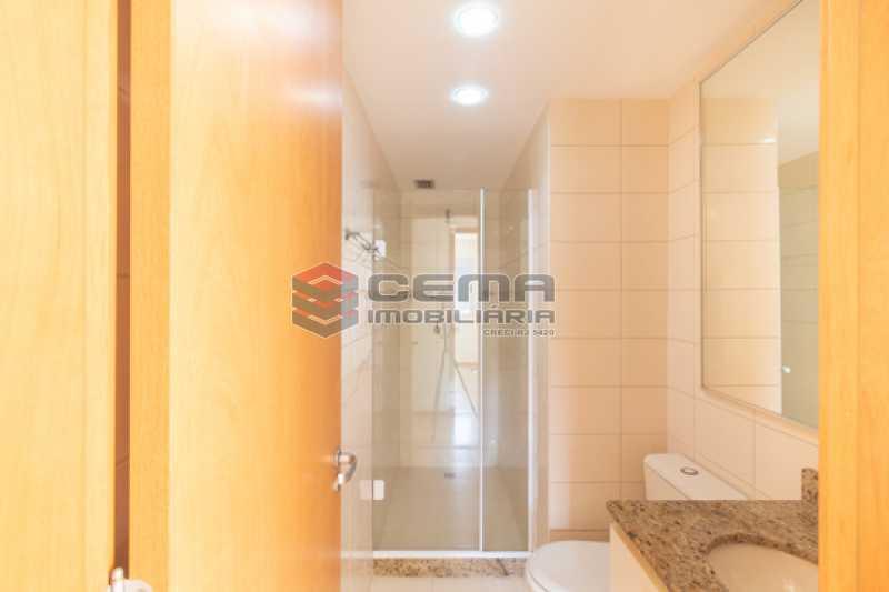 banheiro 2  - Quartier Carioca. Apartamento 3 quartos com suíte e vaga no Catete - LAAP34624 - 18