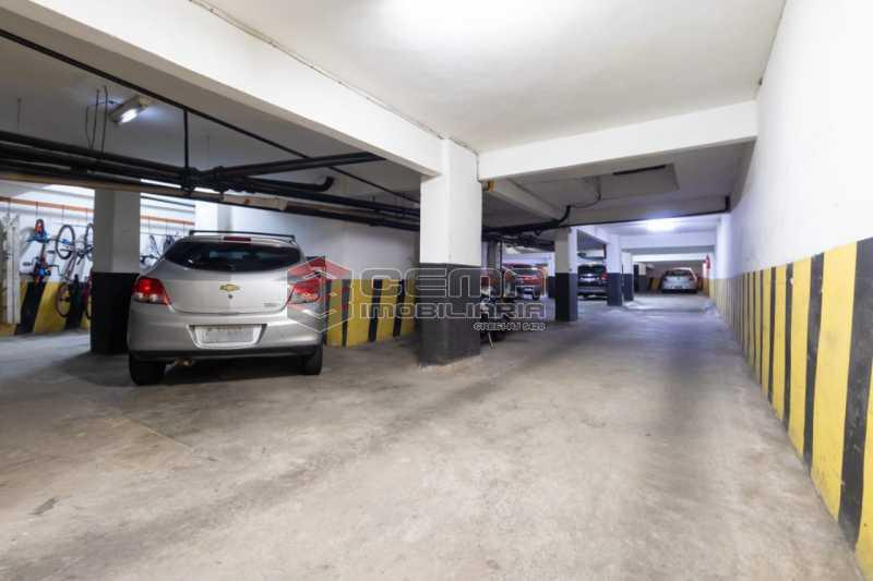 garagem - Excelente oportunidade, na Rua Leopoldo Miguez, 3 quartos com vaga em Copacabana - LAAP34628 - 14