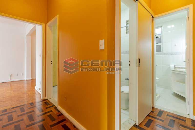 corredor - Excelente oportunidade, na Rua Leopoldo Miguez, 3 quartos com vaga em Copacabana - LAAP34628 - 9