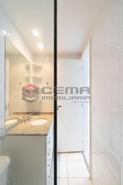 Banheiro Suíte - Flat em Boatafogo-RJ - LAFL20035 - 20