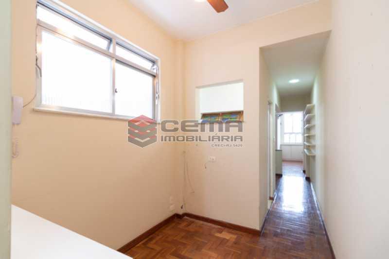 -26 - Quarto e Sala com Dependência no Catete - LAAP13114 - 8