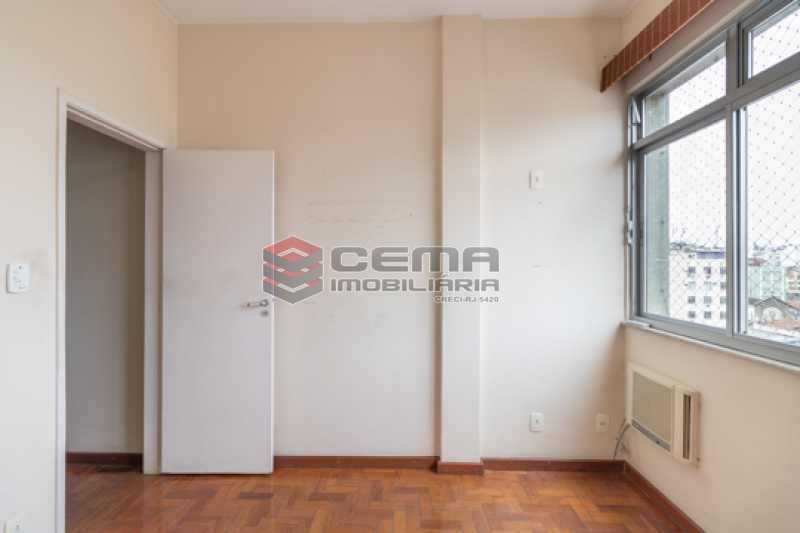 -16 - Quarto e Sala com Dependência no Catete - LAAP13114 - 12