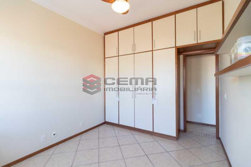 -12-1 - Quarto e sala com varanda no Catete - LAAP13115 - 12