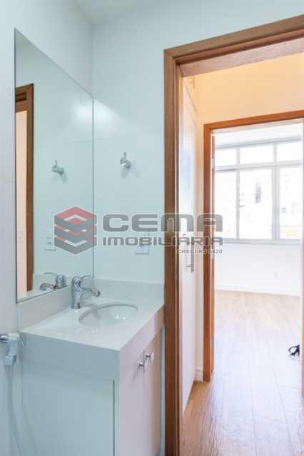 banheiro - Excelente Apartamento Quarto e sala reformadíssimo no Flamengo - LAAP13125 - 18