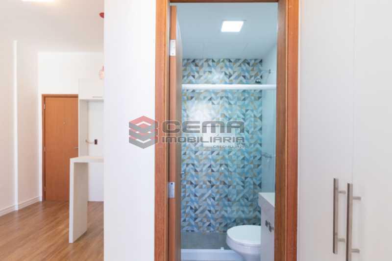 banheiro - Excelente Apartamento Quarto e sala reformadíssimo no Flamengo - LAAP13125 - 21