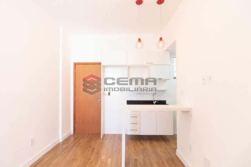 sala - Excelente Apartamento Quarto e sala reformadíssimo no Flamengo - LAAP13125 - 5