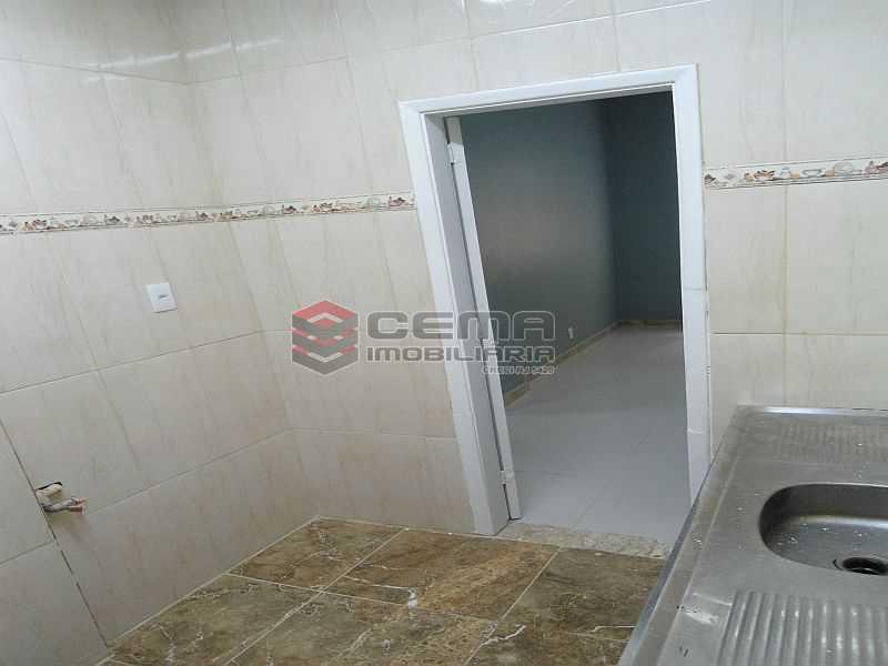 interi09 - Apartamento à venda Rua Pedro Américo,Catete, Zona Sul RJ - R$ 460.000 - LA23858 - 14