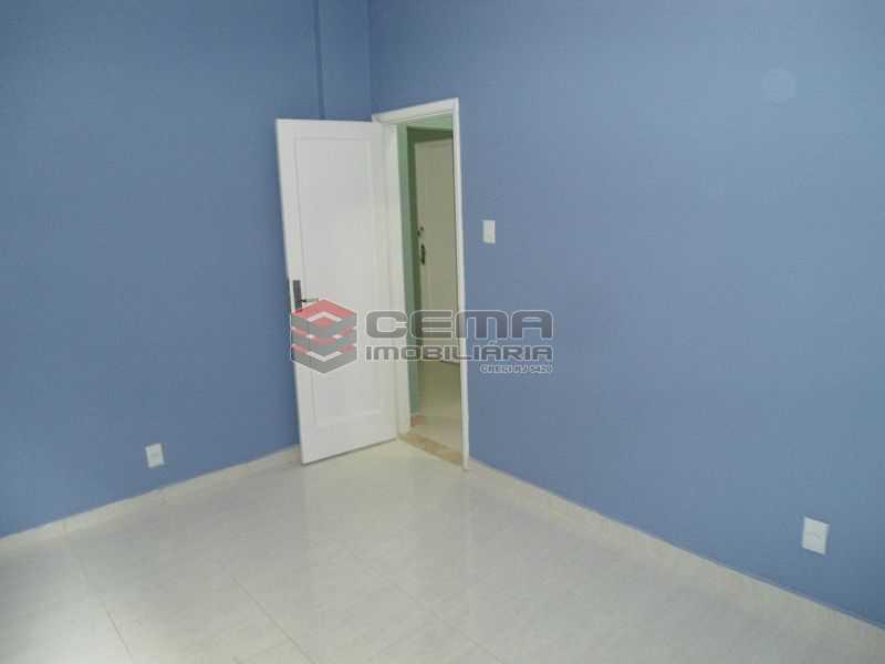 quarto 01 porta - Apartamento à venda Rua Pedro Américo,Catete, Zona Sul RJ - R$ 460.000 - LA23858 - 3