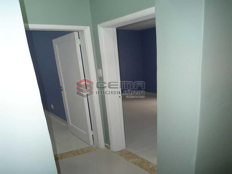 quartos 01 02 - Apartamento à venda Rua Pedro Américo,Catete, Zona Sul RJ - R$ 460.000 - LA23858 - 9