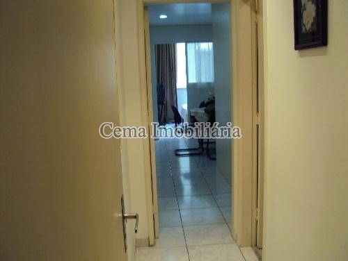 CIRCULAÇÃO - Kitnet/Conjugado 38m² à venda Rua Siqueira Campos,Copacabana, Zona Sul RJ - R$ 300.000 - LJ00636 - 4