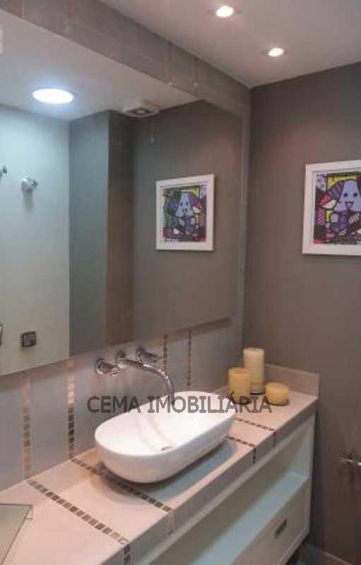 Banheiro Suíte - Apartamento À Venda - Copacabana - Rio de Janeiro - RJ - LAAP30239 - 17