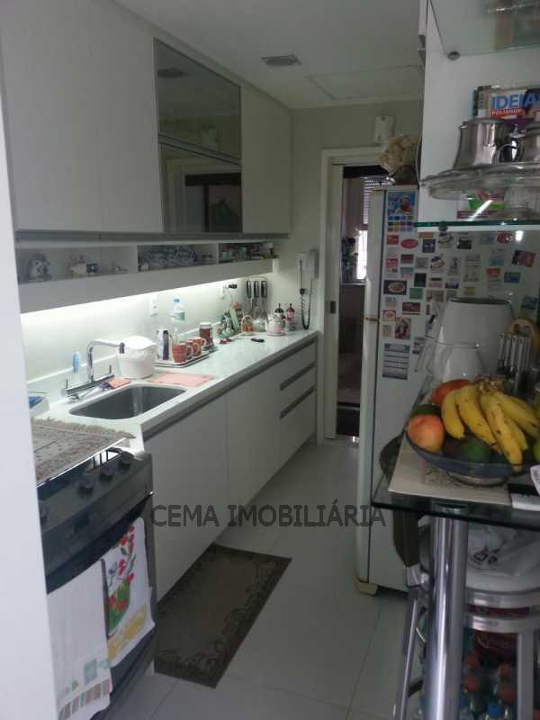 cozinha - Apartamento À Venda - Laranjeiras - Rio de Janeiro - RJ - LAAP30332 - 14