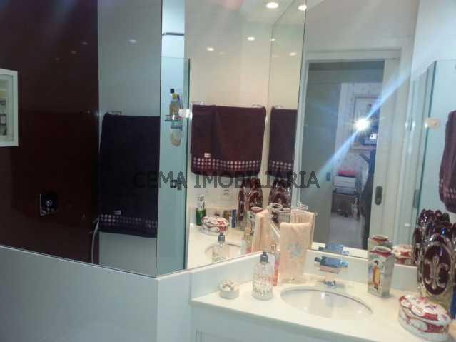 banheiro - Apartamento À Venda - Laranjeiras - Rio de Janeiro - RJ - LAAP30332 - 17