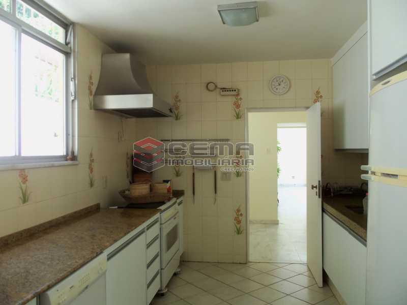 14 003 - Casa 4 quartos para venda e aluguel Cosme Velho, Zona Sul RJ - R$ 12.000 - LACA40077 - 13