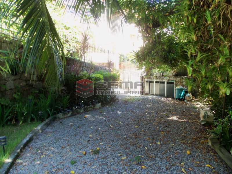 24 003 - Casa 4 quartos para venda e aluguel Cosme Velho, Zona Sul RJ - R$ 12.000 - LACA40077 - 20