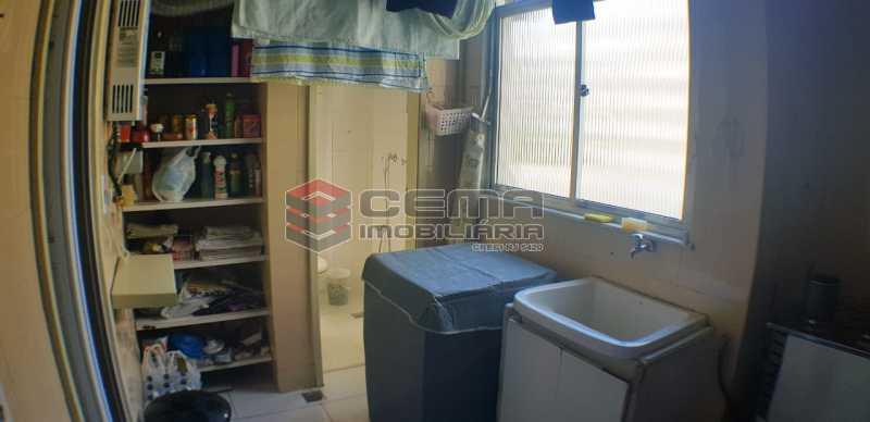 area de serviço - Quarto e Sala com garagem na escritura - LAAP10459 - 16
