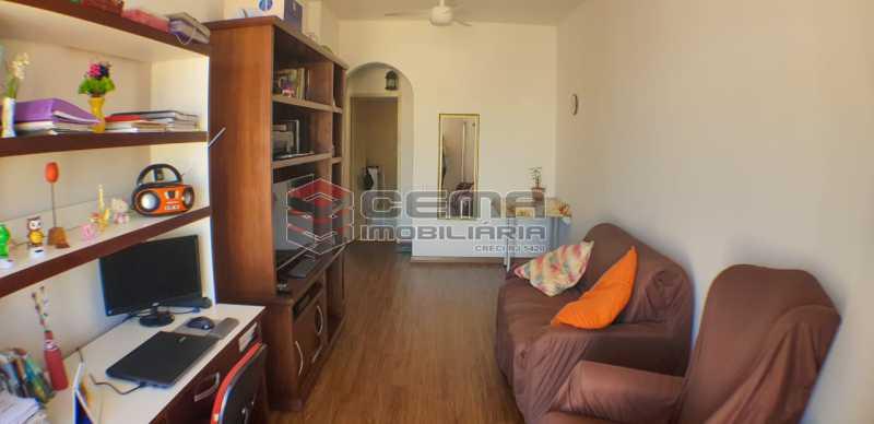 sala - Quarto e Sala com garagem na escritura - LAAP10459 - 6