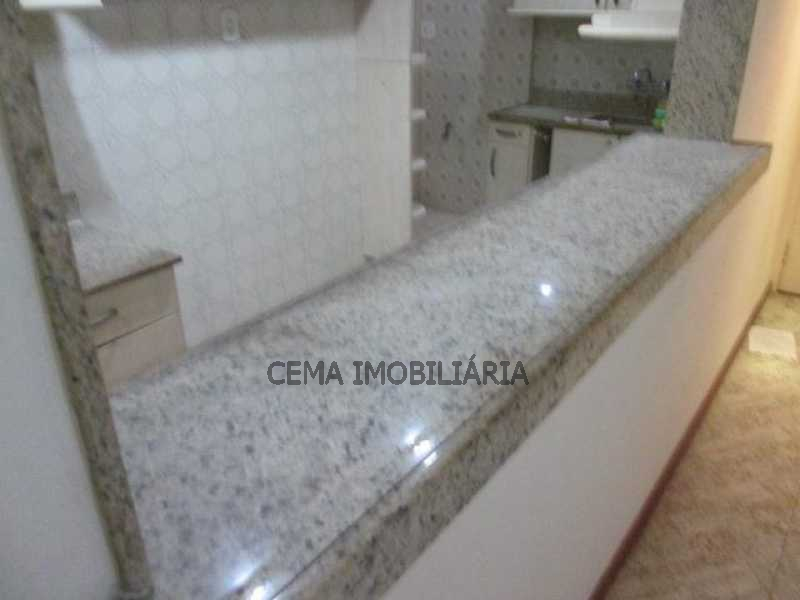 Cozinha - LAAP21073 VENDO EXCELENTE APARTAMENTO 2 QUARTOS NA PRAIA DO FLAMENGO - LAAP21073 - 10