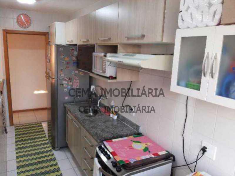 cozinha - vendo lindo apartamento 2 quartos com varanda e 2 vagas de garagem no Engenho Novo, coladinho ao Méier - LAAP21140 - 9