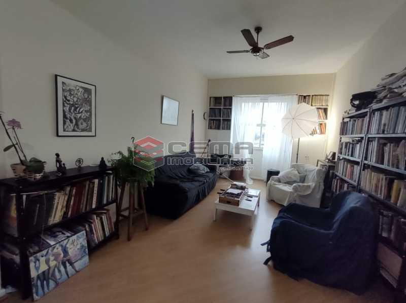 SALA - Apartamento 3 quartos (com suite), Humaitá, Localização privilegiada, a 2 minutos da Lagoa, Jardim Botânico e Parque Laje. - LA33414 - 3