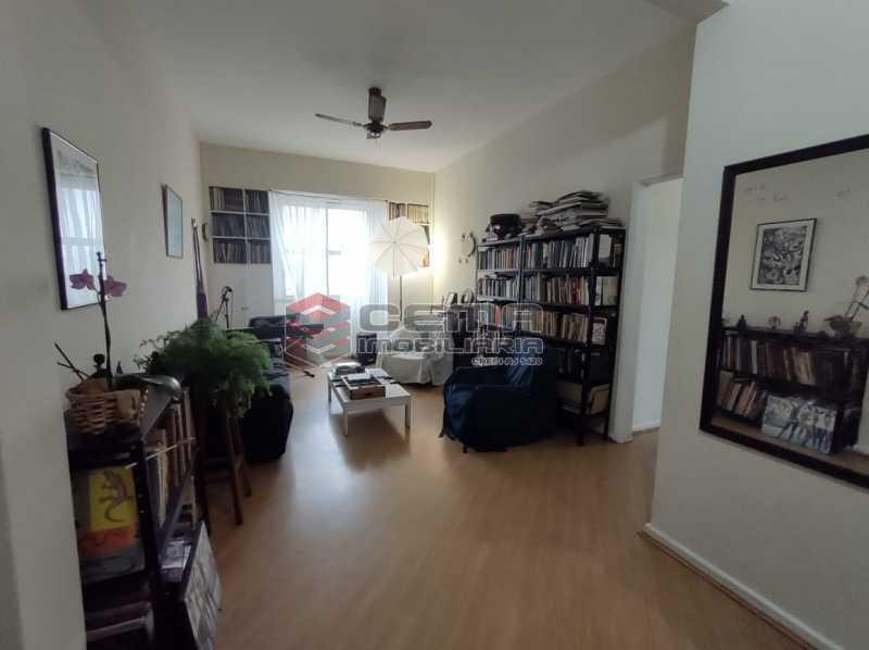 SALA - Apartamento 3 quartos (com suite), Humaitá, Localização privilegiada, a 2 minutos da Lagoa, Jardim Botânico e Parque Laje. - LA33414 - 4