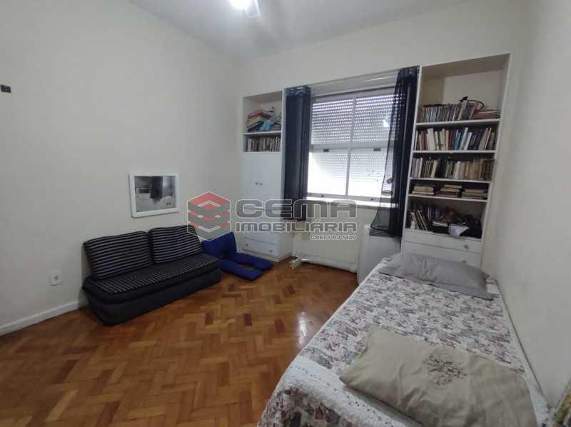 QUARTO3 - Apartamento 3 quartos (com suite), Humaitá, Localização privilegiada, a 2 minutos da Lagoa, Jardim Botânico e Parque Laje. - LA33414 - 13