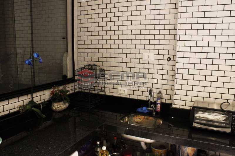BANHEIRO ANG 3 - Apartamento à venda Rua Marechal Cantuária,Urca, Zona Sul RJ - R$ 1.739.000 - LAAP31111 - 8