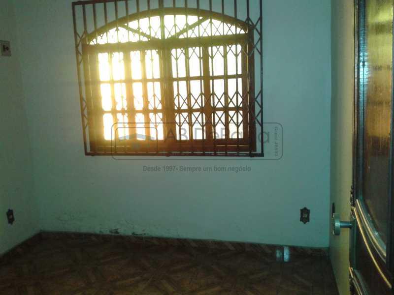 16 - REALENGO - São Duas Casas no mesmo Terreno. Casa frente Duplex com Garagem Coberta - ABCA30086 - 17
